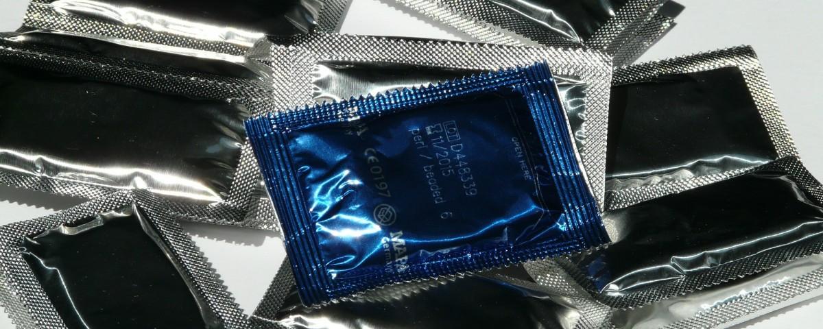 condom-59639_1920