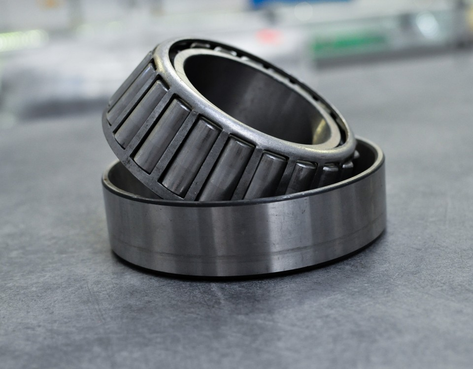 tapered-roller-bearing-3460126_1920